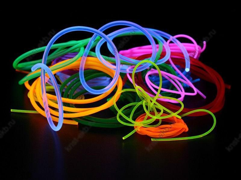Гибкий пластиковый шнур