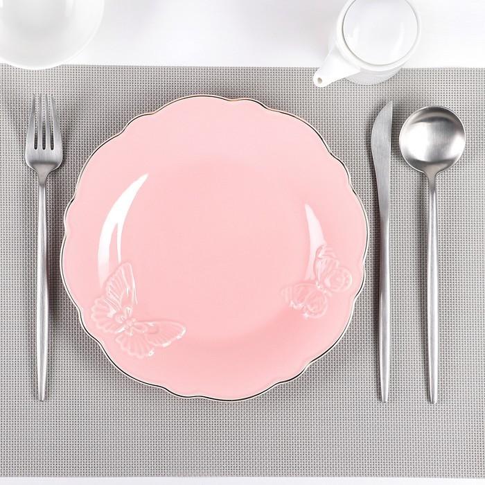 Тарелка обеденная «Бабочки», d=22 см, цвет розовый