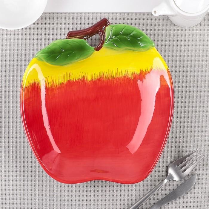 Тарелка «Яблоко», 24?21,5?4 см, цвет красный